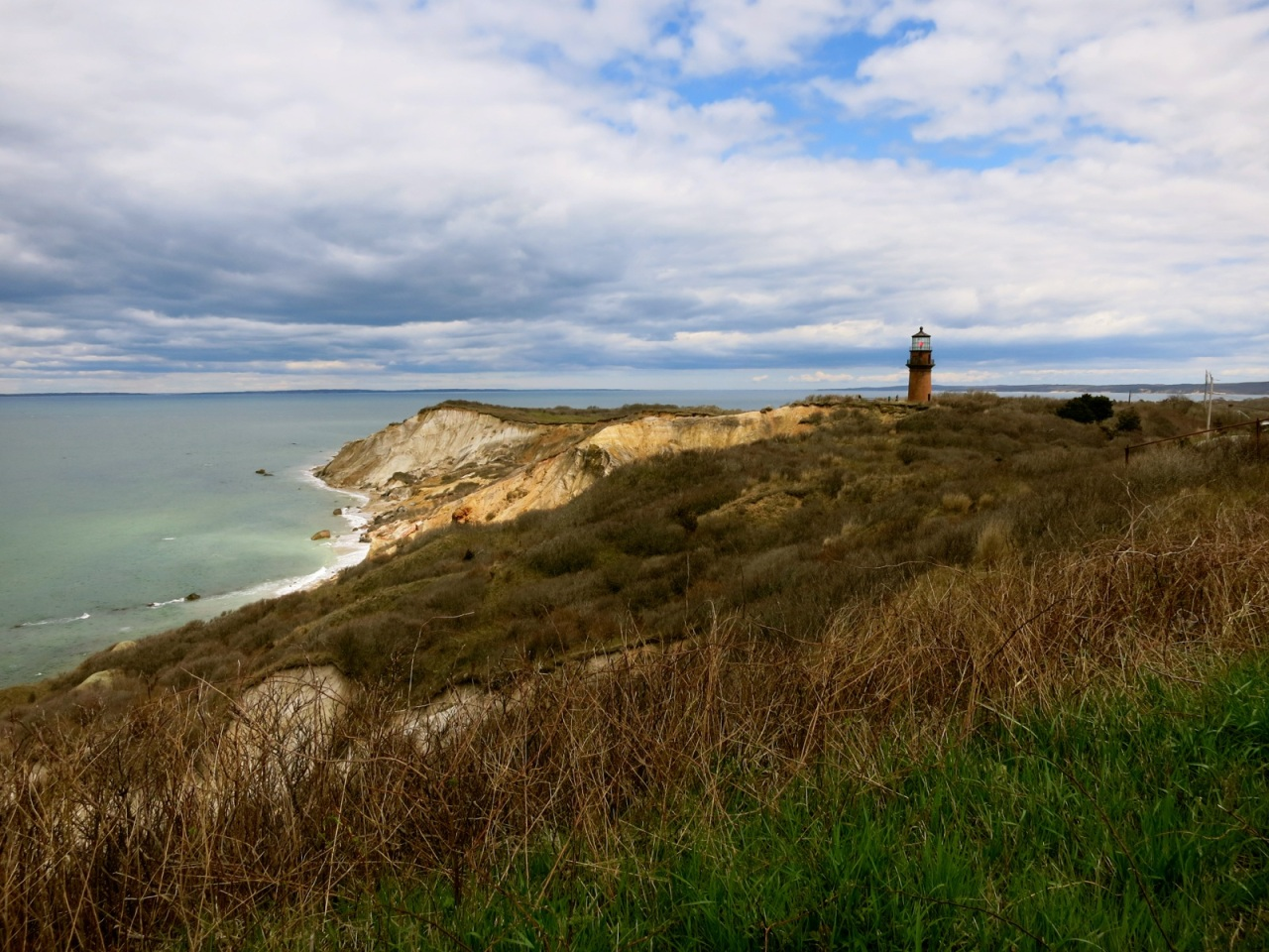 gay-head-cliffs-marthas-vineyard-ma